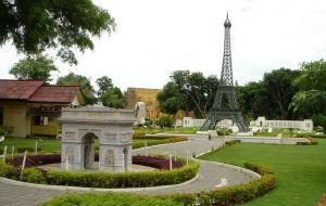 芭提雅娱乐-迷你暹罗公园