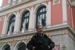 东欧六国之旅...参观维也纳金色大厅记