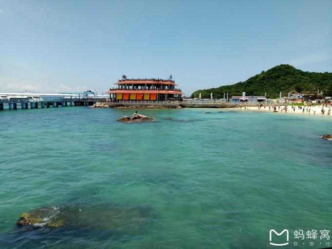 蜈支洲岛潜水:给你一座海岛,许你天荒地老