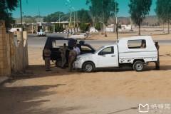 埃及土耳其十八天探险之旅...撤哈拉沙漠公路休息区随拍