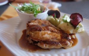阳朔美食-玫瑰木餐厅