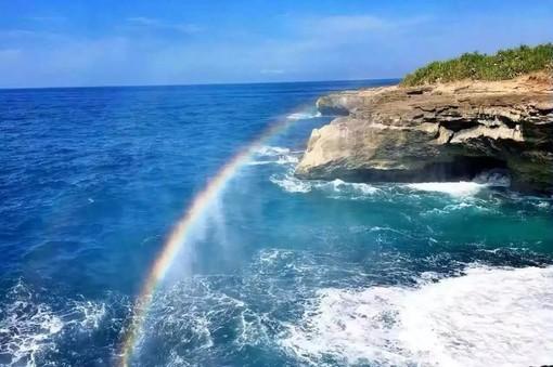 巴厘岛 蓝梦岛7日定制游( 情人崖传说 海龟岛嬉游 浪漫金巴兰海滩