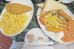 【伦敦。美食】金士顿 X 英式餐点,愉快用餐经验~Moulin Rouge London(餐廳)