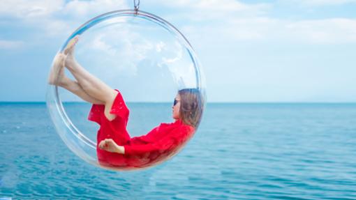 在这里我们将为你们拍摄玻璃球图片