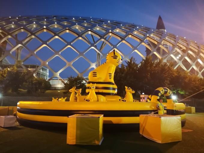 深圳湾的艺术动物园——art-zoo