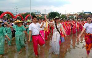 【芒市图片】不一样的云南——芒市:难忘的泼水节