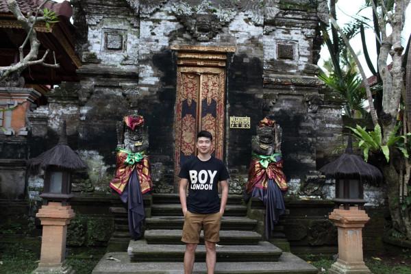 巴厘岛 游记   听说皇宫内没开放的地方如今还住着皇室的后人.