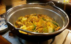 福冈美食-牛肠火锅