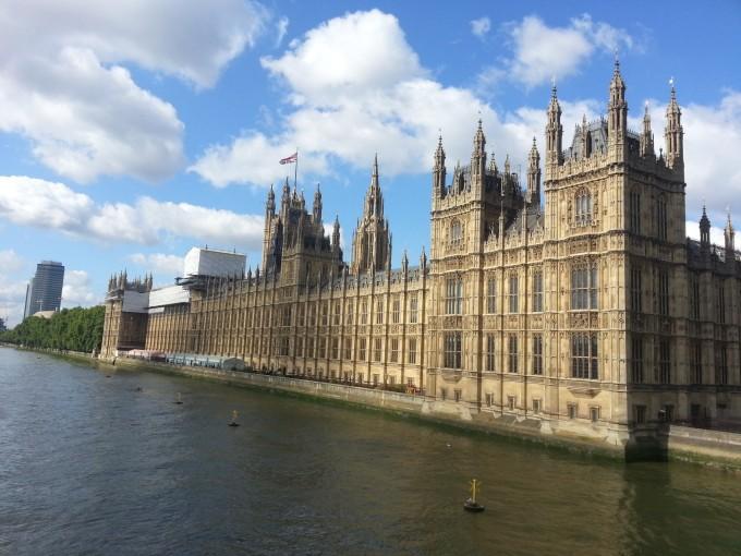 伦敦,香港,温莎,牛津,比斯特,伯明翰,英国湖区,苏格兰,威廉堡,爱丁堡,圣安德鲁斯,北爱尔兰,贝尔法斯特,威克洛,都柏林,威尔士,曼彻斯特,格林尼治,剑桥15日游