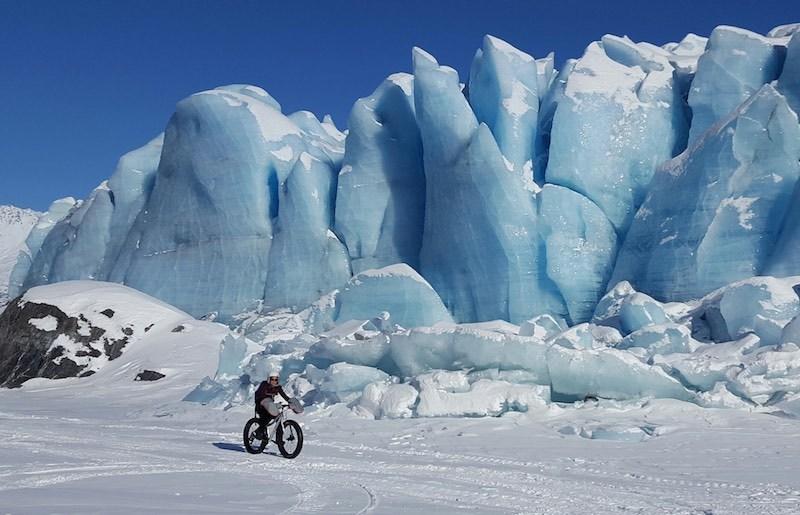 阿拉斯加冰川徒步,亲自踏足这片外太空的幽蓝空间_图14